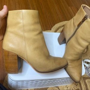 Wittner boots size 7